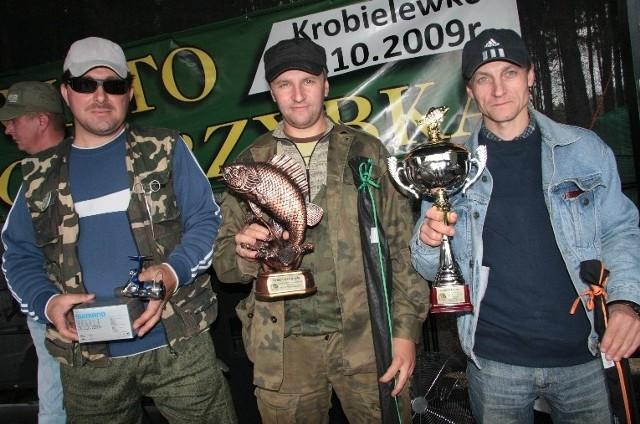 Zawody wygrał Grzegorz Kieliszek ze Skwierzyny (pierwszy z prawej). Drugie miejsce zajął Paweł Sławiński (w środku), a trzecie Adam Szymajda.