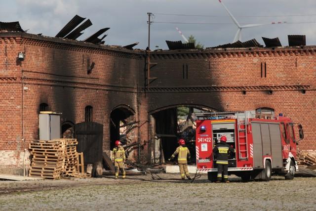 Strażacy dogaszali pogorzelisko w Lubuczewie