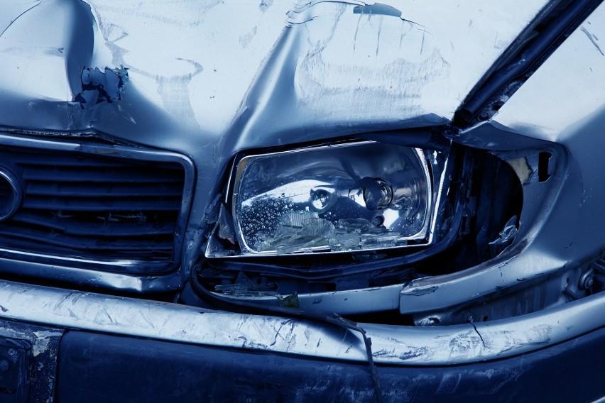 Żyj i szanuj życie - 10 zasad pomoże Ci zachować bezpieczeństwo na drodze