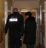 Zatrzymani właściciele i kierownicy aptek z Łodzi, Pabianic, Sieradza. Mogli wyłudzić nawet 8 mln zł na refundację leków