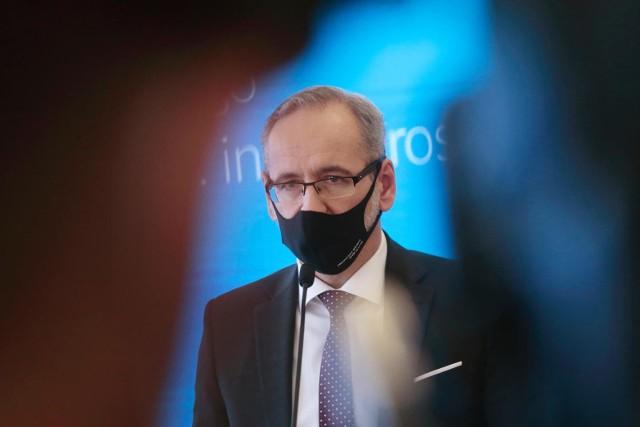 - Perspektywa zbliżających się świąt w Polsce nakazuje ostrożność i odpowiedzialność- przyznał szef resortu zdrowia.