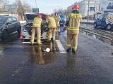 Kolizja w Bydgoszczy. Na osiedlu Leśnym zderzyły się 3 samochody osobowe