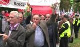 """""""Wysłać jabłka do Berlina i Brukseli!"""" Polscy sadownicy protestują [wideo]"""