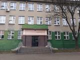 Ostrzelali ołowiem szkołę w Łodzi! Niebezpieczny bandyta grasuje przy ul. Pogonowskiego [GALERIA ZDJĘĆ]