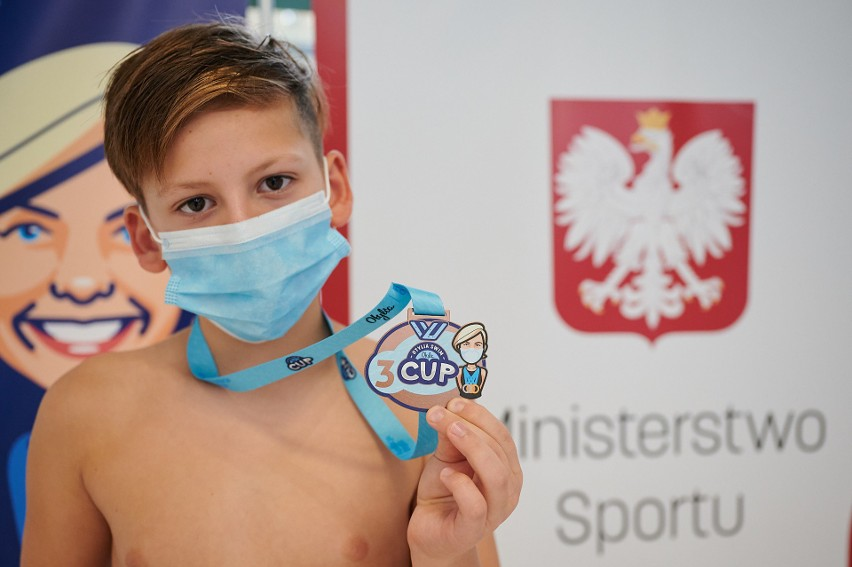 Zawody Otylia Swim Cup w Szczecinie przy zachowaniu wszystkich zasad bezpieczeństwa. Wielka radość dzieciaków