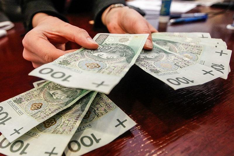 a345c96b48d968 Od 3 lat wynagrodzenia wielu osób stoją w miejscu, a jeśli wziąć pod uwagę  inflację