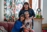 Rodzina z Muszyny odmieni los utykającej Ireny z Ukrainy. Dziewczynka nie miała szans na leczenie