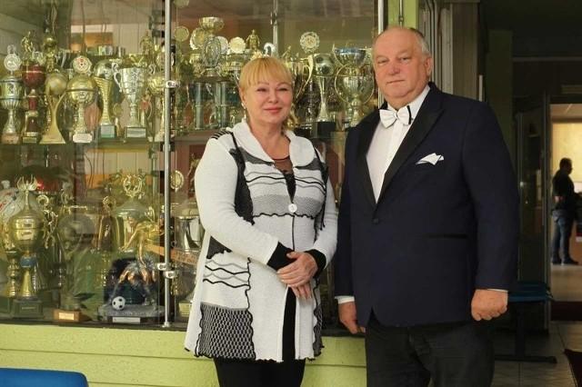 Dyrektorzy szkoły - Małgorzata Jałkiewicz-Hoffmann i Roman Stępień.