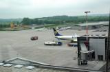 Lotnisko Kraków-Balice: Co z pasażerami lotów z Wielkiej Brytanii? Ilu ich przyleci? Przywiozą nowy szczep wirusa? Gdzie mają robić testy?