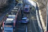 Wypadek koło dworca Łódź Kaliska. Zderzenie tramwajów na Bandurskiego. Są ranni ZDJĘCIA
