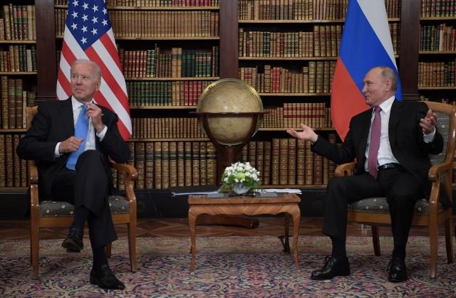 Spotkanie Bidena z Putinem w Villa La Grange w Genewie