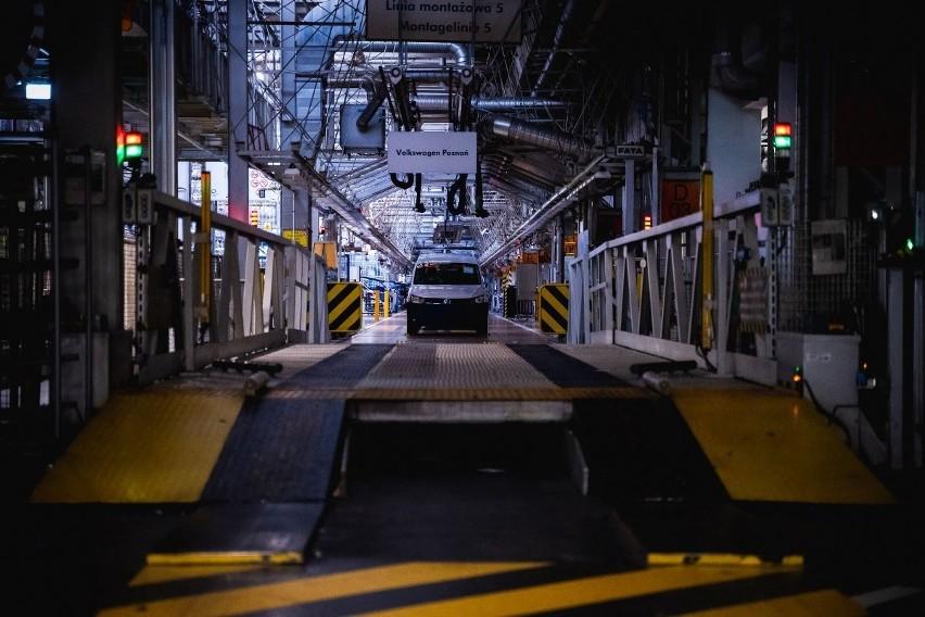 Fabryka Volkswagena bez ludzi to niecodzienny widok....