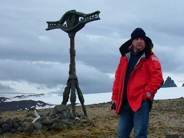Kpt. Tomasz Kulawik z Przemyśla poprowadzi dwa z sześciu etapów trudnego rejsu w okolice bieguna północnego.
