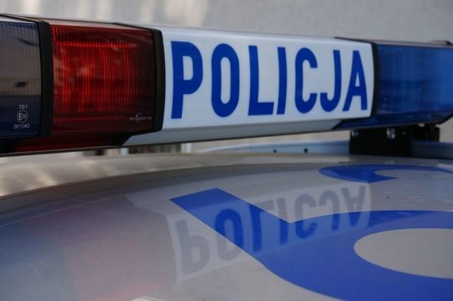 Powiat bielski - Jasienica: 16-latek zapytał starszą panią o godzinę i ukradł jej torebkę