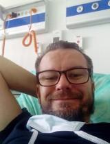 """Kraków. Ozdrowieniec opisuje, jak pokonał koronawirusa. """"Kiedy zachorowałem zrozumiałem, co to za kraina kłamstwa i obłudy"""""""