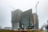 Charakterystyczny budynek w Poznaniu pnie się w górę. Atal Warta Towers będzie miał 17 pięter. Zobacz zdjęcia!