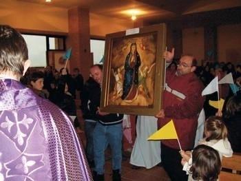 Obraz Niegowickiej Madonny przyjmowany był m.in. w Iserni Fot. Beata Wójcikowska