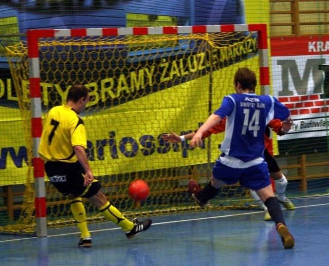 Futsal: Marioss Wawelno - AZS Katowice 4-1.