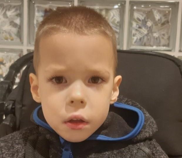 Robert Łabędzki ze Słupska, 4-letni chłopiec, który choruje na czterokończynowe porażenie mózgowe.