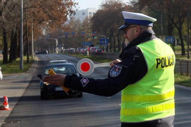 Punkty karne, nadawane przez policję za wykroczenia, mają odzyskać swoje pierwotne znaczenie
