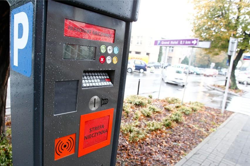 Od 1 października na osiedlach Generała Grota Roweckiego i 1000-lecia zacznie obowiązywać strefa płatnego parkowania.