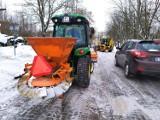 Atak zimy w Białymstoku. Spółdzielnia MIeszkaniowa Zachęta korzysta z ocieplenia. Ta droga będzie oczyszczona (zdjęcia)