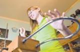 Zobacz jak Ania czaruje dźwiękiem z magicznego pudełka (wideo)