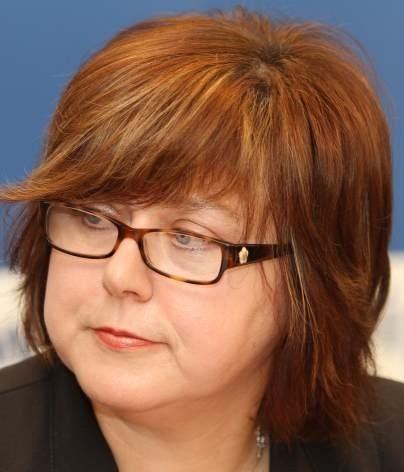 Minimalne wynagrodzenie za pracę na pół etatu wynosi 658,50 złotych brutto. Zgodnie z Kodeksem Pracy jest to połowa minimalnego wynagrodzenia przysługującego pracownikowi zatrudnionemu na pełny etat - mówi Barbara Kaszycka.