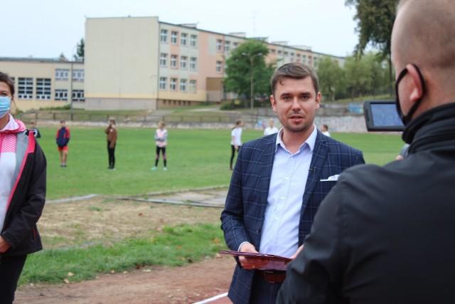 To projekty różnorodne, które z pewnością wpłyną na komfort życia mieszkańców Wasilkowa - komentuje burmistrz.