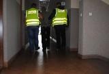 Żarki: 59-latek nic nie robił sobie z policyjnego nadzoru i nadal okradał mieszkańców gminy
