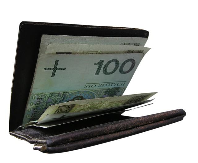 Małe i średnie przedsiębiorstwa 2012. Dla jednej czwartej badanych (dokładnie 24,3%) najważniejszą przyczyną uruchomienia własnej działalność była chęć osiągania większych dochodów.