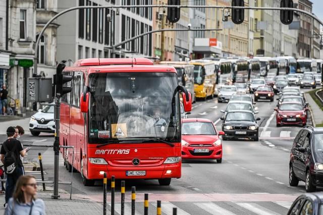 Przejazd protestacyjny przewoźników autokarowych przez Trójmiasto