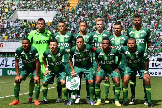 Drużyna Chapecoense wróciła do gry, zaczynając od emocjonalnego sparingu z Palmeiras