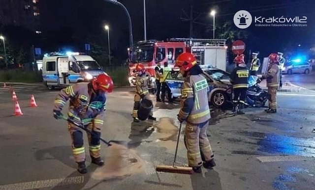 Wypadek z udziałem radiowozu policyjnego
