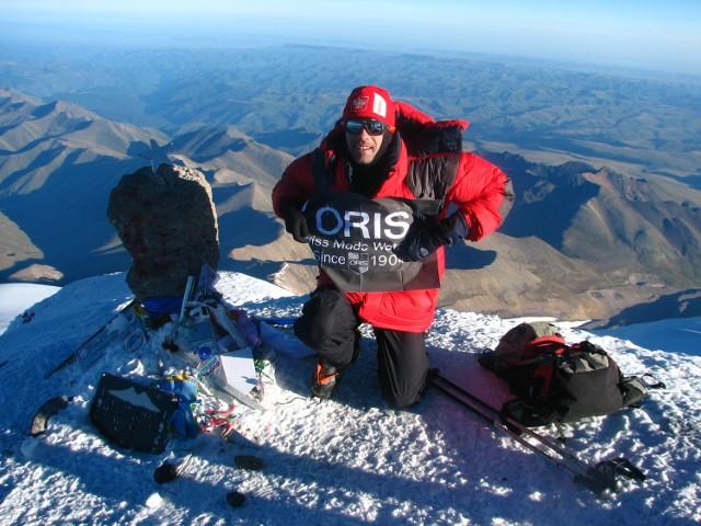 Maurycy Strugała na szczycie Elbrusa