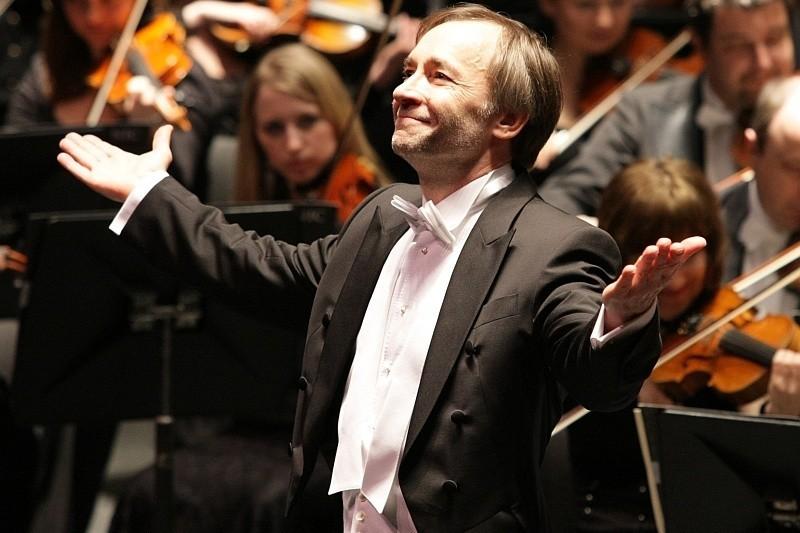 Zdaniem związkowców dyrektor Dawidow źle zarządza filharmonią.