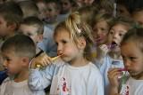 Przedszkolaki tak ząbki czyściły, że rekord Guinnessa ustanowiły! (zdjęcia)