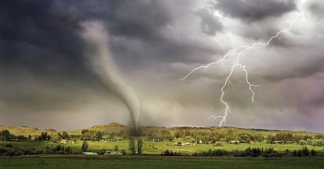 Gdzie jest burza online? Sprawdź ostrzeżenia IMGW na temat burz. Radar ONLINE NA ŻYWO