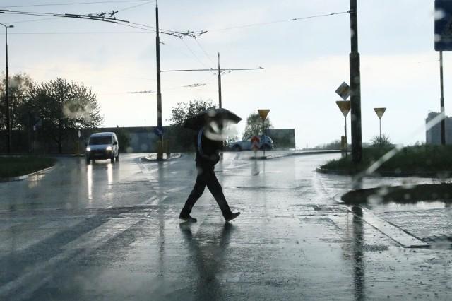Przygotujcie się na zmianę pogody.  W Lubuskiem mogą pojawić się burze.