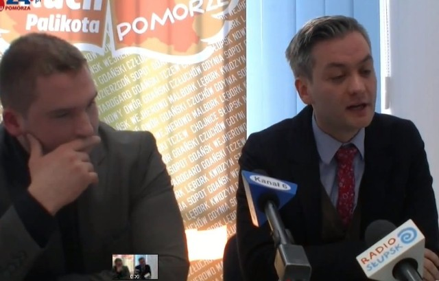 Robert Biedroń (z prawej) i Bartosz Fieducik.