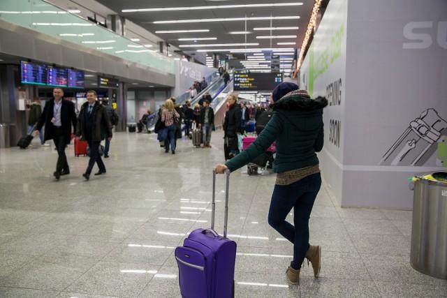 Dwugłos w sprawie lotniska