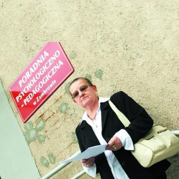 - Pracowałam tu przez dwadzieścia dwa lata, a teraz muszę ciągać się po sądach - mówi Barbara Bąk, była pracownica