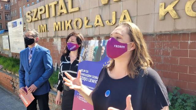 Konferencja prasowa polityków Lewicy: posłów Marka Rutki i Beaty Maciejewskiej oraz Anny Górskiej