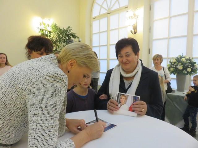 W ubiegłym roku wychowankowie Domu Dziecka w Dąbrowie Rusieckiej dwukrotnie spotkali się z Agatę Kornhauser - Duda w Warszawie.
