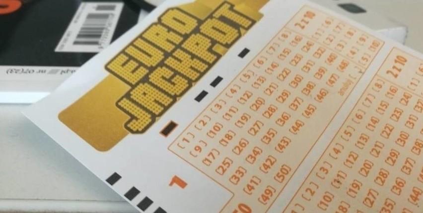 Sprawdź wyniki Eurojackpot z 23.07.2021>>