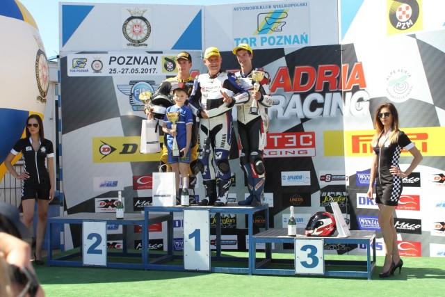 Podium po sobotnim wyścigu Superbike Alpe Adria