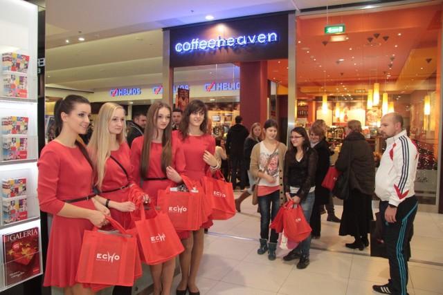 """20 tysięcy klientów na """"Nocy zakupów"""" w Galerii Echo W piątek, 23 listopada w Galerii Echo w Kielcach odbyła się kolejna udana """"Noc zakupów""""."""