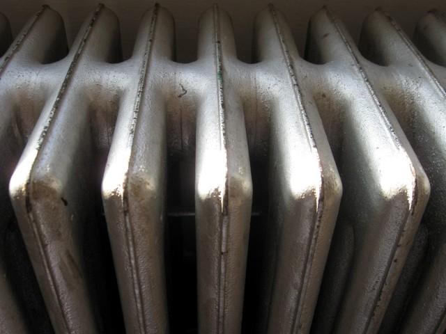 Komunalne Przedsiębiorstwo Energetyki Cieplnej oficjalnie rozpoczęło sezon grzewczyKomunalne Przedsiębiorstwo Energetyki Cieplnej informuje, że oficjalnie spółka rozpoczęła sezon grzewczy, to w większości bydgoskich bloków kaloryfery są jeszcze zimne