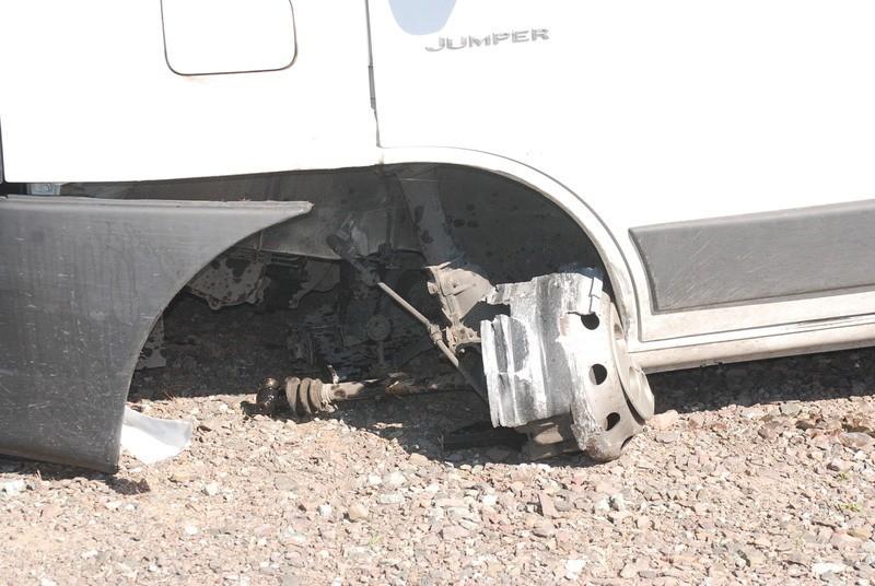 W samochodzie Niemca na jednym z kół nie było opony