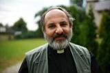 """Abp Paetz był chroniony przez """"mafię lawendową"""" i polskich arcybiskupów. Skandal nie jest wyjaśniony - mówi ks. Tadeusz Isakowicz-Zaleski"""